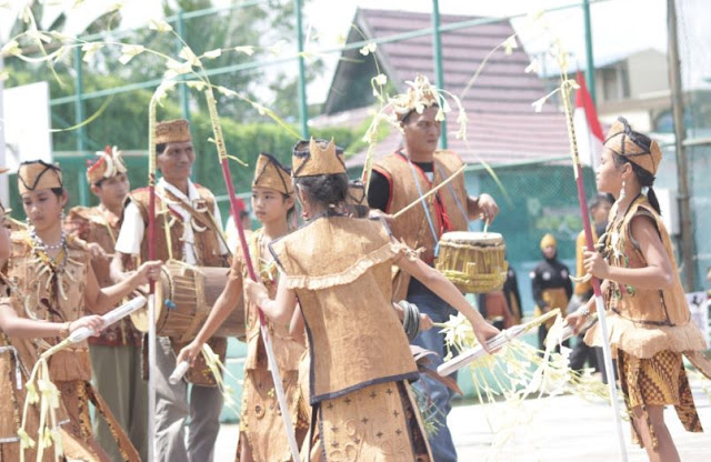 Suku Dayak Deyah