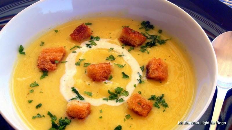 receta-de-crema-de-verduras-con-quesito-y-picatostes-al-ajo