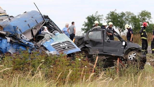Vádat emeltek a két ember halálát okozó sofőr ellen Szolnokon