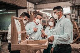 People wearing N95 mask