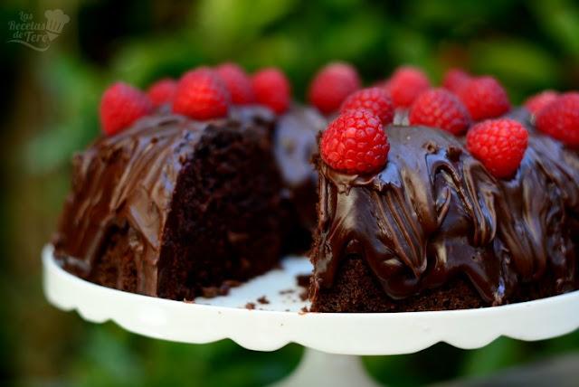 Receta casera de bizcocho doble muerte por chocolate 01