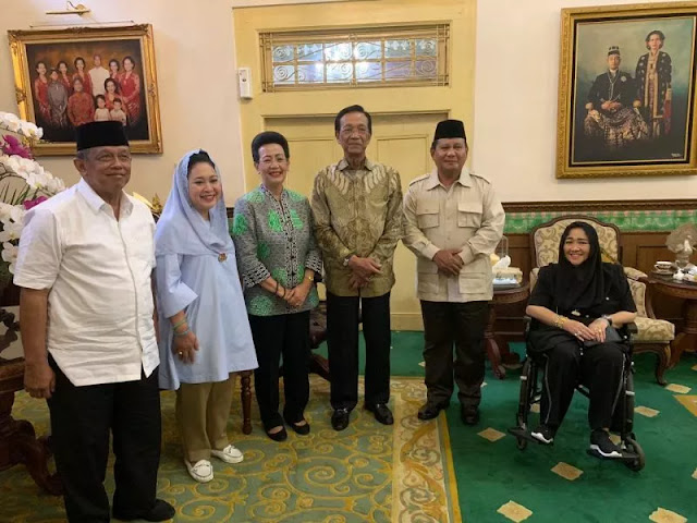 Pengamat: Mengapa Sultan HB X Tolak Jokowi tapi Terima Prabowo?