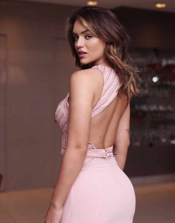 vestido de festa rosa bordado
