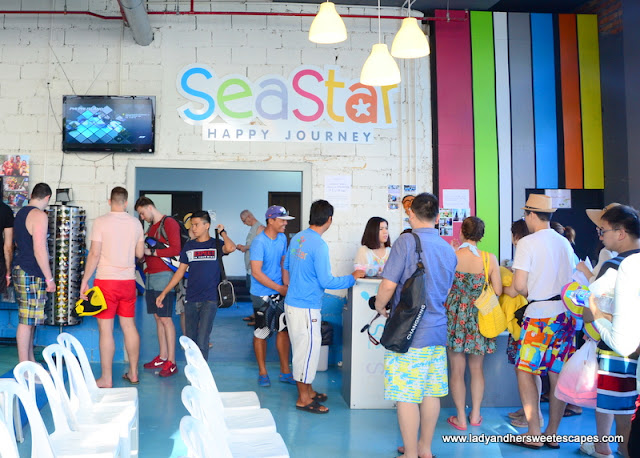 tour briefing in SeaStar office in Royal Phuket Marina