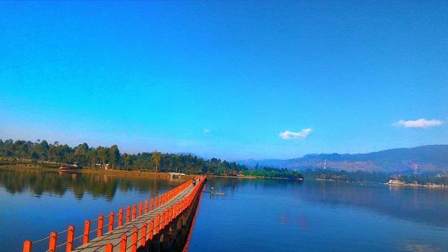 Jembatan Cinta Situ Cileunca Pangalengan