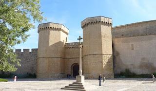 Puerta Real o Puerta de la Reina, Monasterio de Poblet.