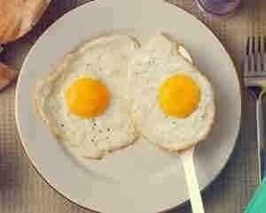 طريقه عمل البيض العيون