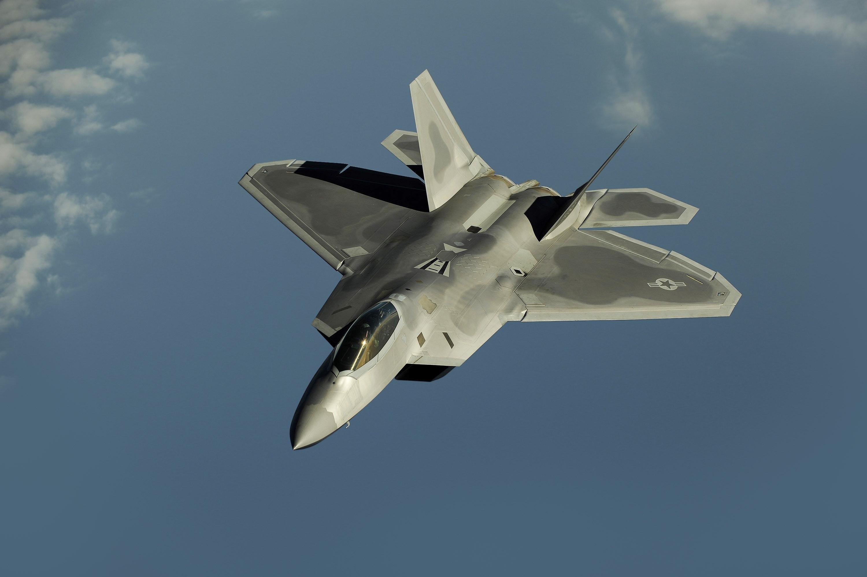 Lockheed-Martin-F-22-Raptor-Wallpaper