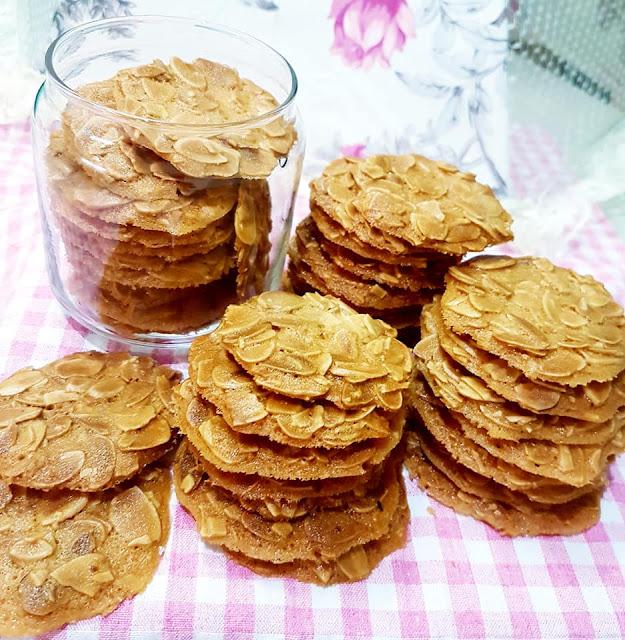 Cách làm Bánh ngói hạnh nhân thơm ngon
