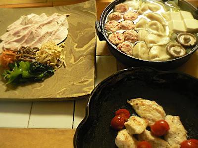 夕食の献立 カジキまぐろバター焼き 高級鶏ナムル皿? 手抜き鍋