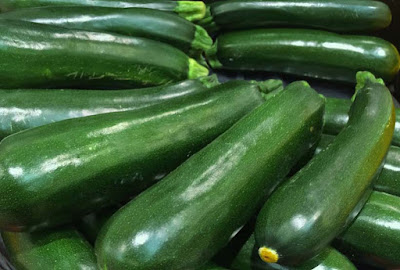 fresh-zucchini-green-vegetable-picture