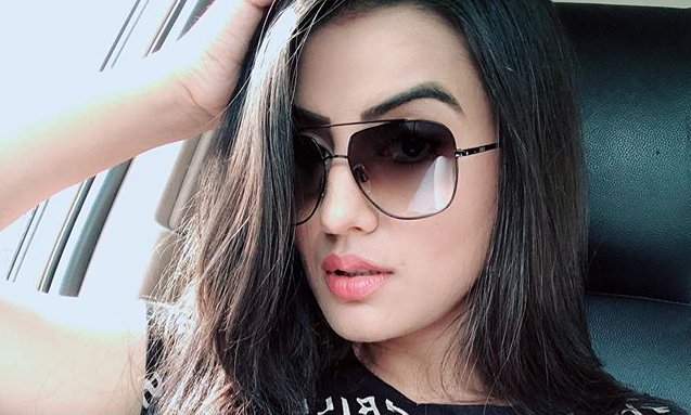 Akshara Singh shares a selfie in black top, wrote in caption 'This is not Attitude'