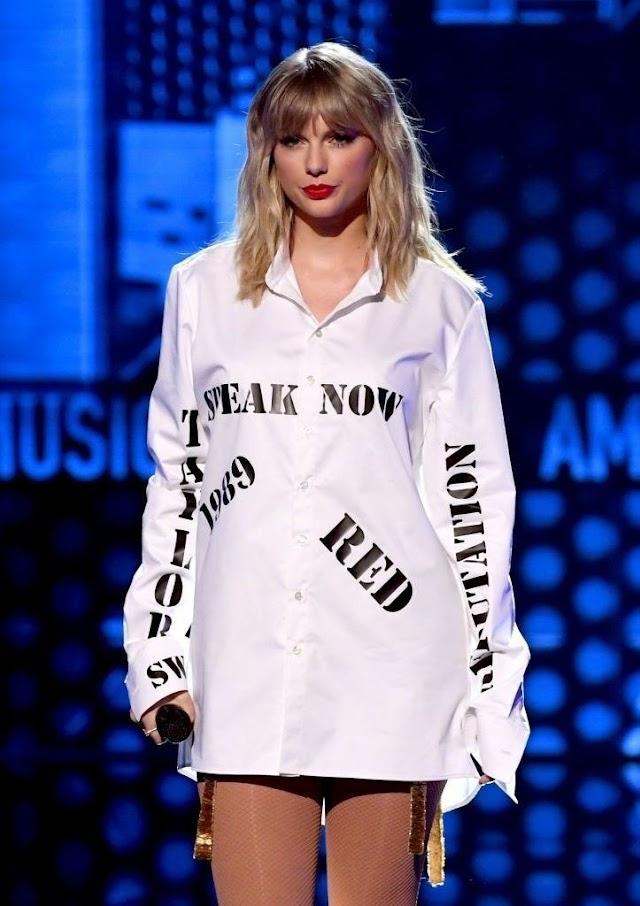 """Taylor Swift lança versão acústica para """"The Man"""""""