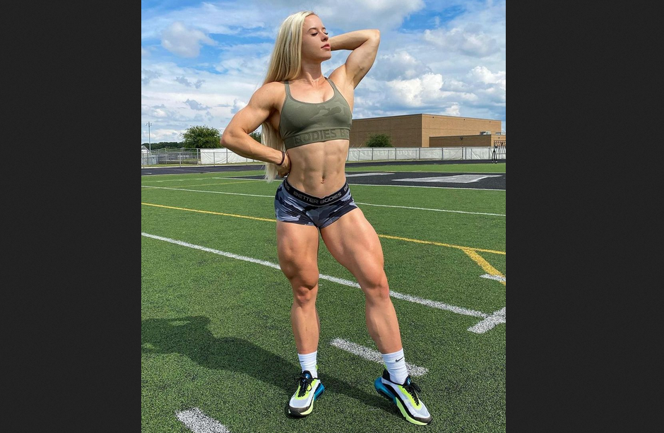 How long take woman to see gain muscle? Like 1 years months week?