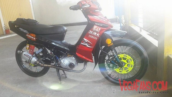Foto Modifikasi Vega ZR Merah Road Race