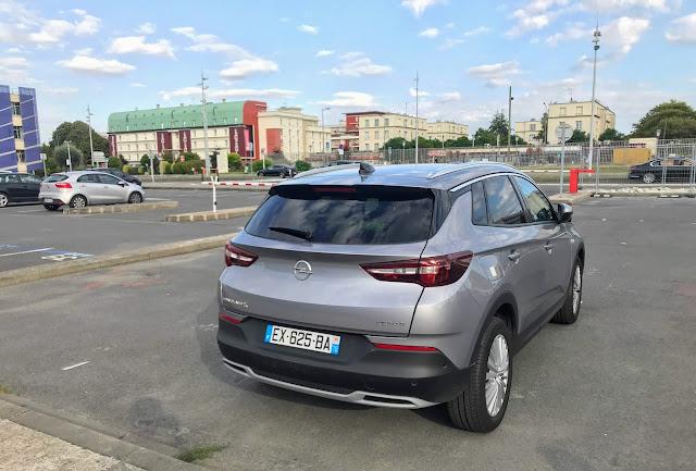 Opel grandlandx front Rear