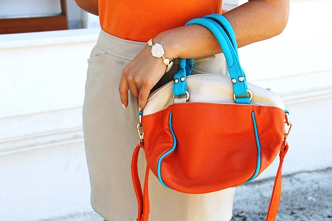 Mexx beige mini skirt.Orange knitted top.Color block orange beige turquoise bag.Fresh summer looks.Najbolji letnji outfiti.