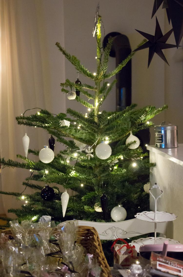 Wenn der Postmann mit dem Baume eben nicht 3 x klingelt! | Lililotta ...