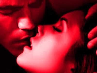Inilah Sejumlah Arti Ciuman yang Belum Kamu Tahu