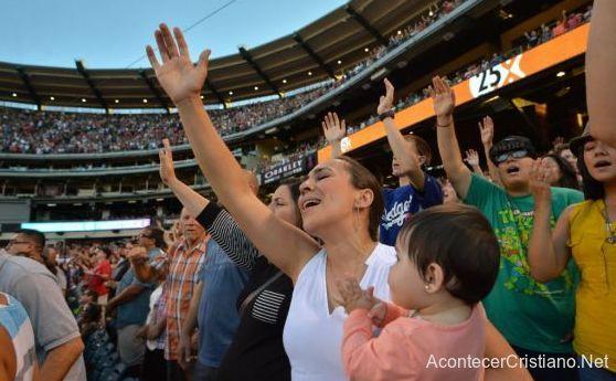 Cruzada evangelística en Anaheim, California