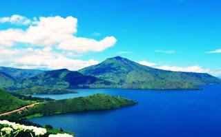 Danau Vulkanik Paling Besar di Dunia