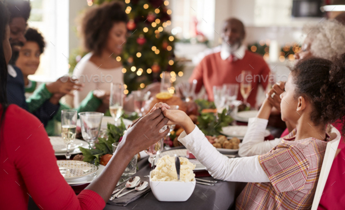 Cristianos celebrando la Navidad