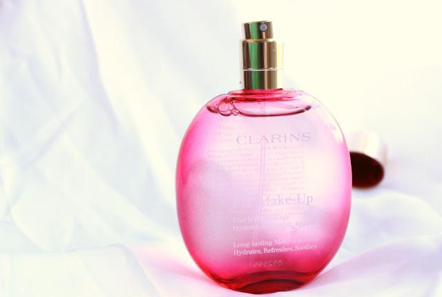 Clarins Fix Make Up Spray Review