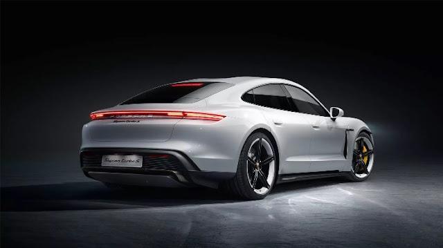 Porsche Taycan Turbo - Mobil Listrik Pesaing Tesla