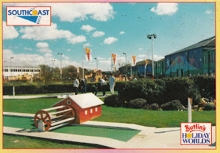Butlin's Holiday Worlds - Southcoast World. Printed by E.T.W. Dennis & Sons Ltd. Posted. Date unknown
