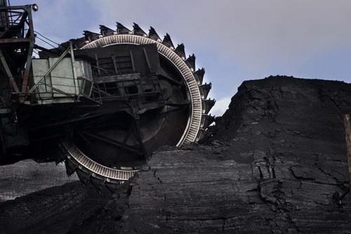 Mesin Gergaji Terbesar di Dunia