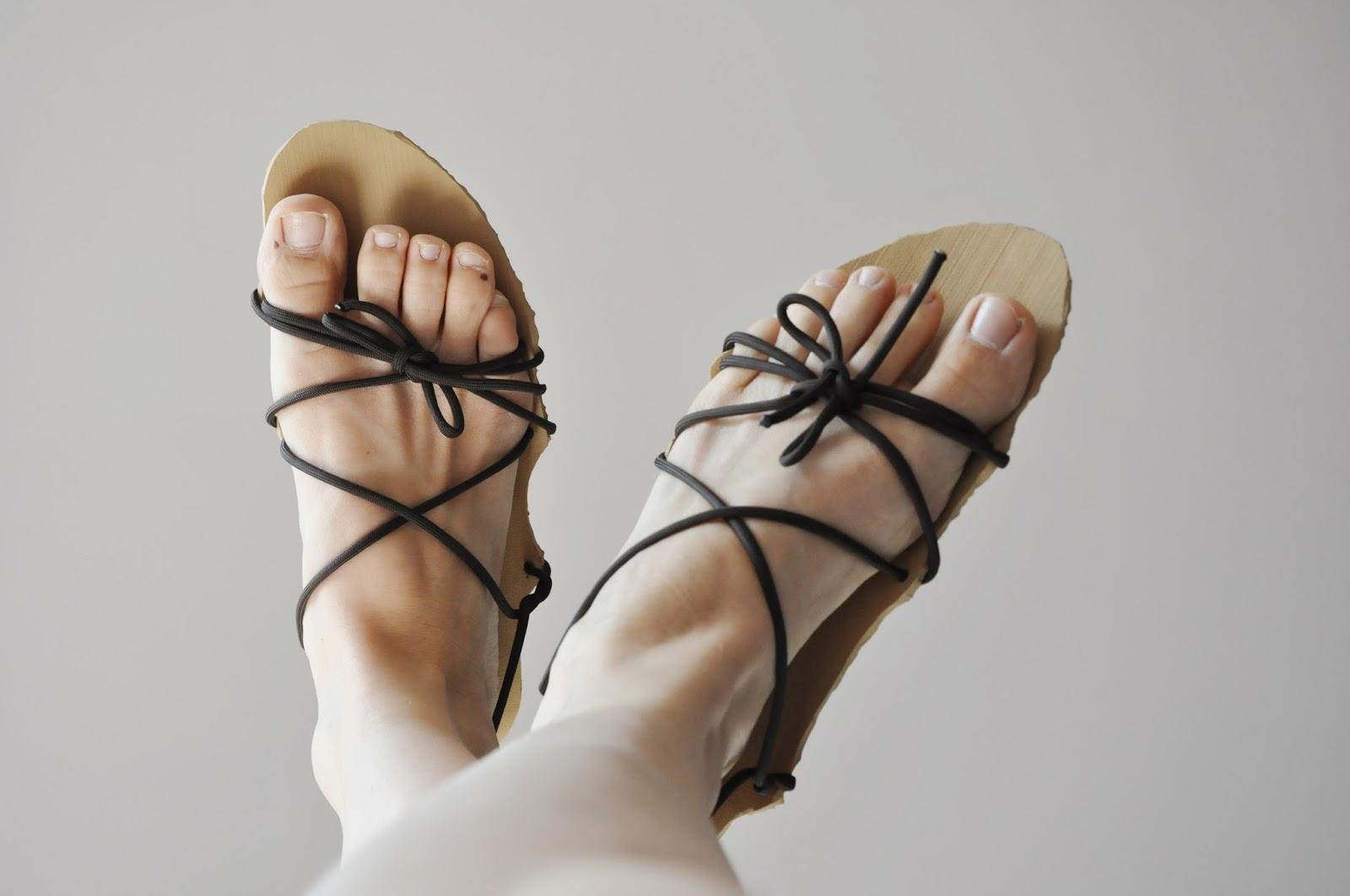 Šije to se mnou  Barefoot sandále pro Editu 6b2d00dc1e