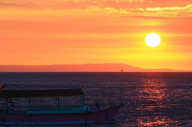 sunset pantai senggigi