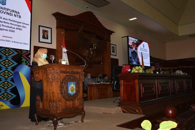 Bahas RAPBD-P, Wagub Sampaikan Jawaban Gubernur atas Pandangan Umum Fraksi-Fraksi DPRD