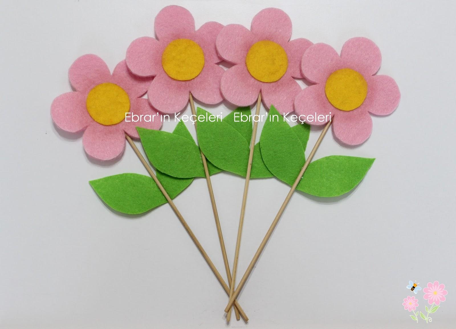 Keçeden değişik çiçekler