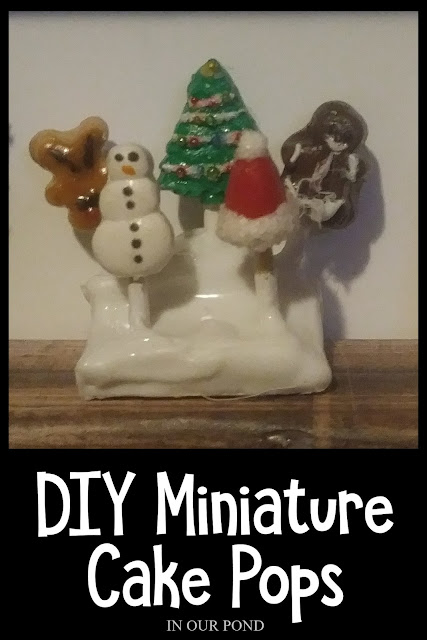 1:6 Scale Christmas Treats // DIY Mini Christmas Decorations for Dolls and Elves // In Our Pond // 1:6 scale // Barbie dollhouse // Doll Crafting