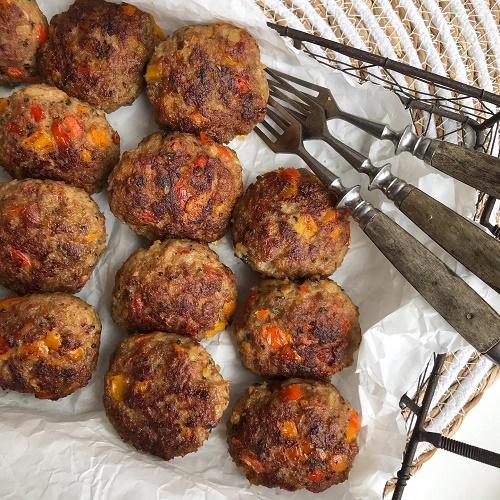 Paprika-Bacon-Frikadellen