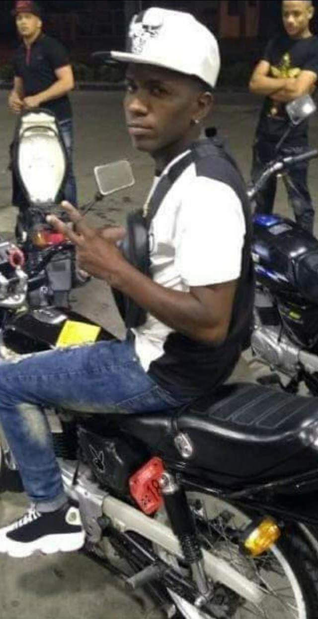Joven atropella policías ;  de inmediato lo mataron