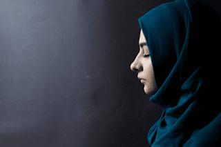 tema puisi Islami tentang cinta