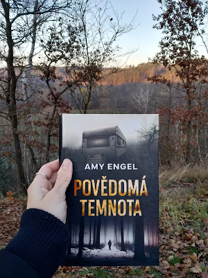 Amy Engel Povědomá temnota