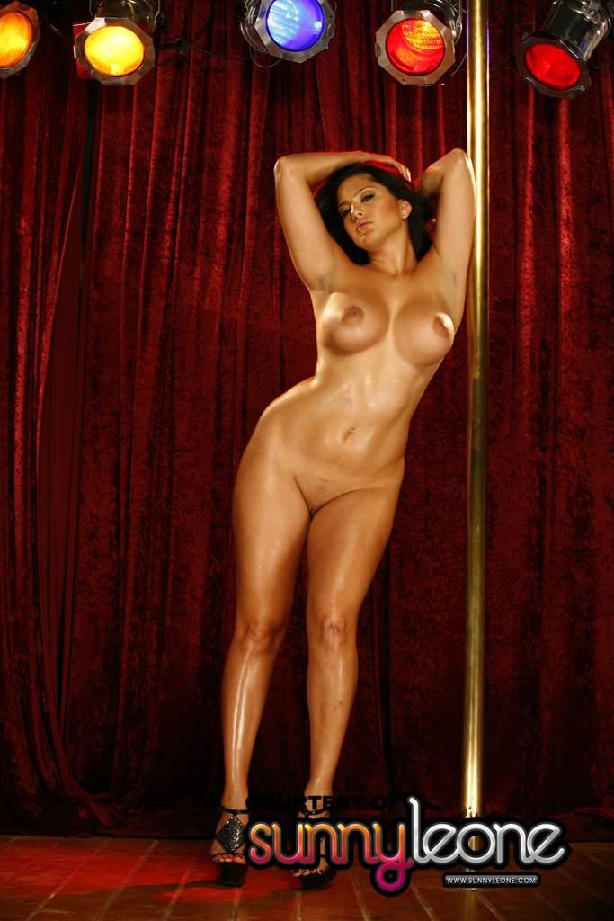 Naked pole dance