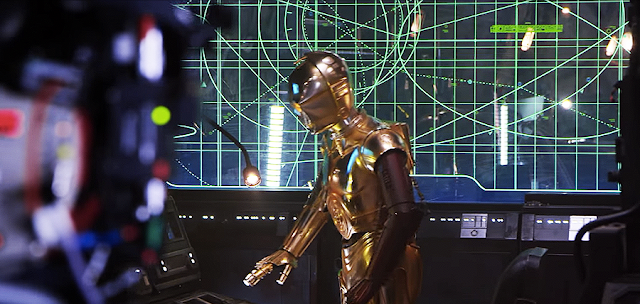 C-3PO în Star Wars: The Force Awakens