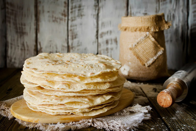 Make Mexican tortilla