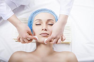 http://www.academiacolors.com/2018/01/curso-tratamientos-faciales-cetf-40.html