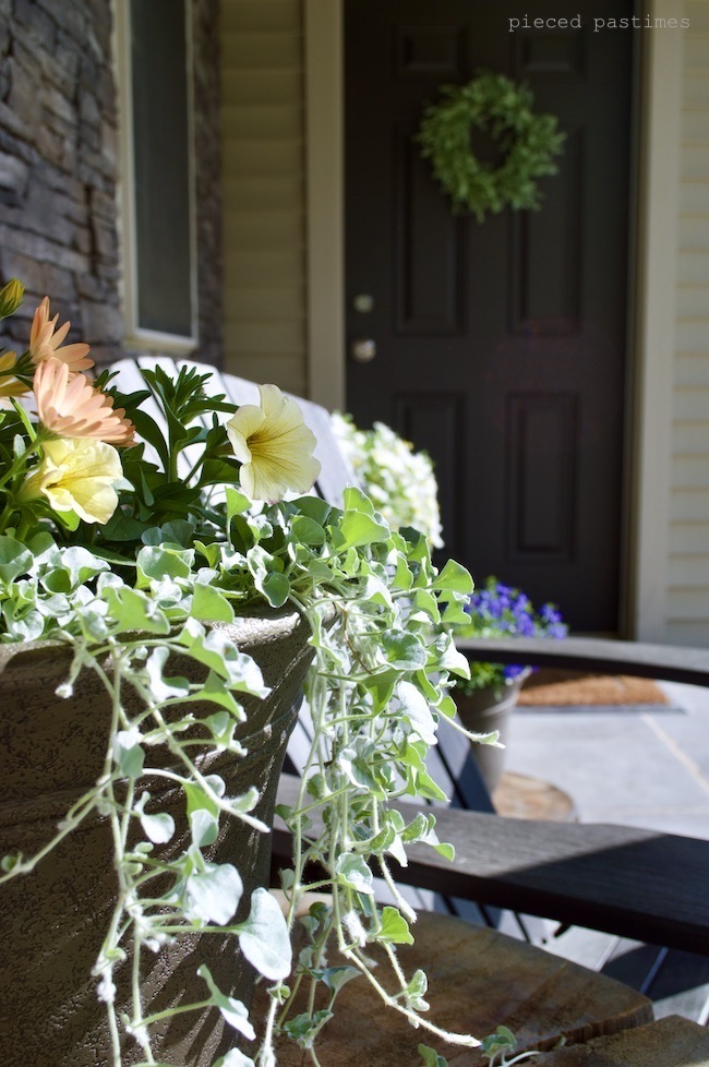 2020 Summer Porch Sanctuary at Pieced Pastimes