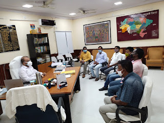 dm-meeting-for-flood-madhubani
