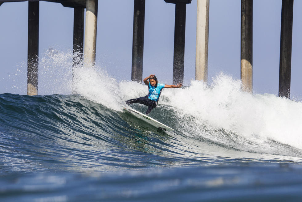 6 Malia Manuel Vans US Open of Surfing foto Sean Rowland WSL