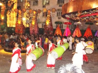 Ladies Dhaki Durga Puja