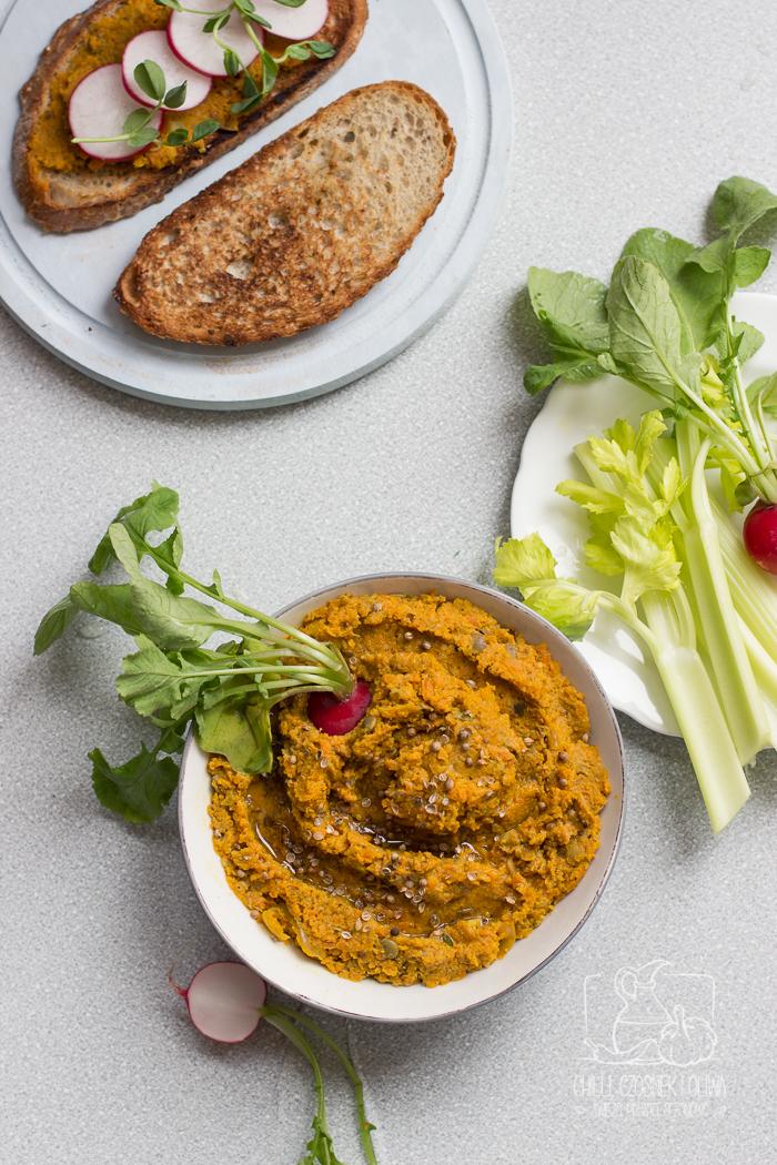 Pasta do chleba z marchewki, zielonej soczewicy i kolendry / Chilli, Czosnek i Oliwa