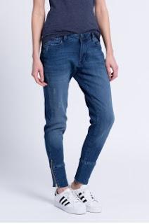 Pepe Jeans - Jeansi de dama cu fermoar jos