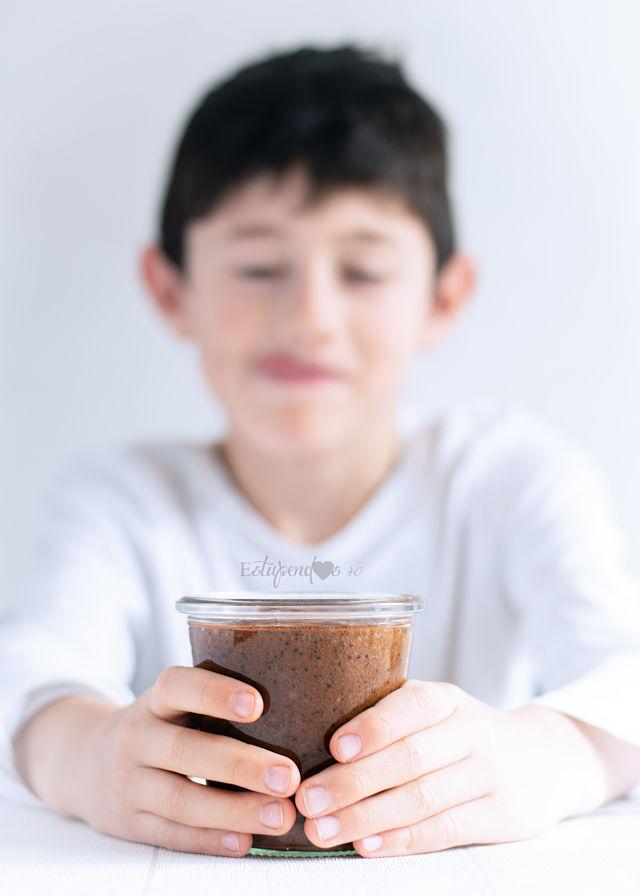 manteca-de-avellanas-con-cacao-y-semillas-niño